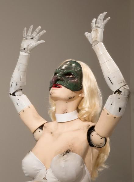 Jordan Wolfson, (Female figure), 2014