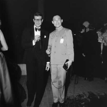 Tseng Kwong Chi, Yves St. Laurent and Tseng Kwong Chi, Metropolitan Museum, New York, New York, 1980, silver gelatin print