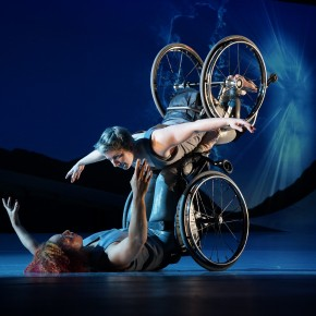 "What Bodies And Whose Stories Do We Primarily Witness Onstage?: Intersectional World-Making With Kinetic Light's ""DESCENT"""