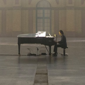 "Out Of Sorrow Entire Worlds Have Been Built: ""Idiot Prayer: Nick Cave Alone At Alexandra Palace"""